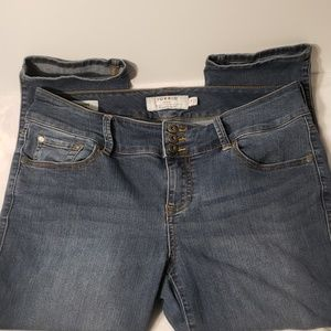 Medium Wash Cropped Jegging Size 14 Torrid